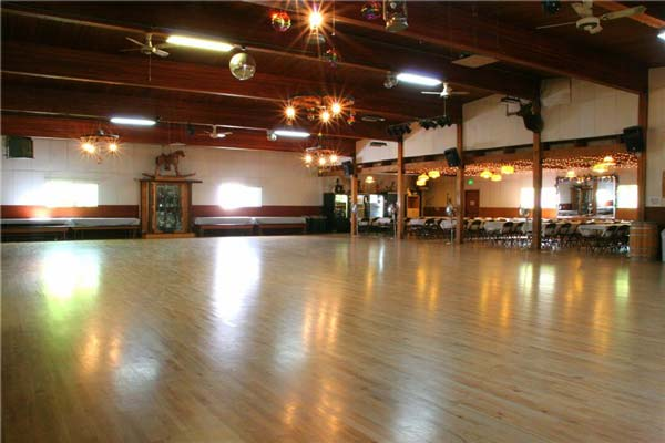 Rockin' Horse Dance Barn and banquet halls for rent